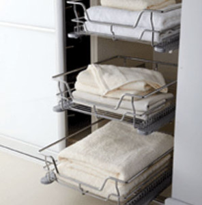 J Holmes Bedrooms - baskets
